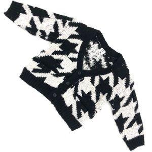Stem large houndstooth print sweater NWOT